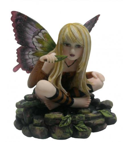 Figurine fée elfe assise (10x7 cm)