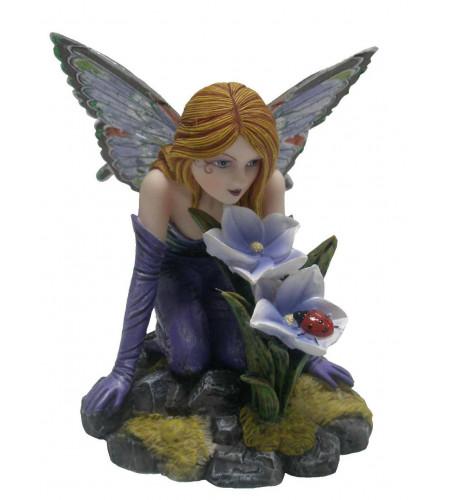 Figurine fée mauve fleur et coccinelle (10-11x7 cm)